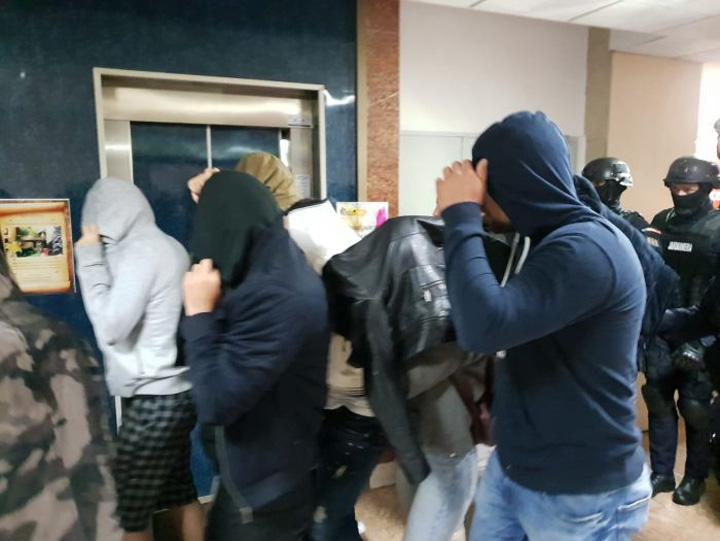 retinuti droguri 4 In Romania condusa de analfabeti studentii se tin de droguri