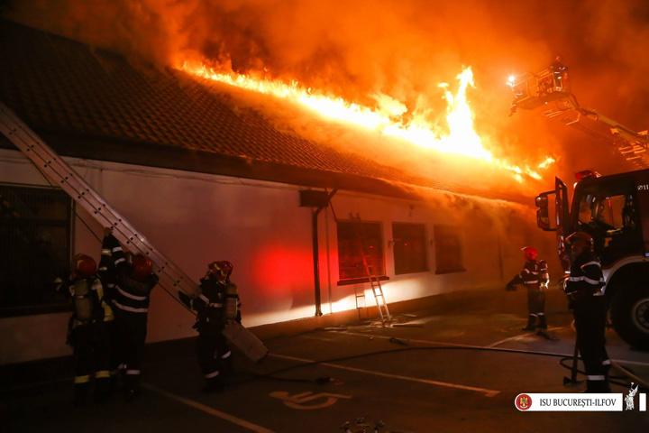 scoala 1 Scoala care a ars in Bucuresti nu avea autorizatie de securitate la incendiu