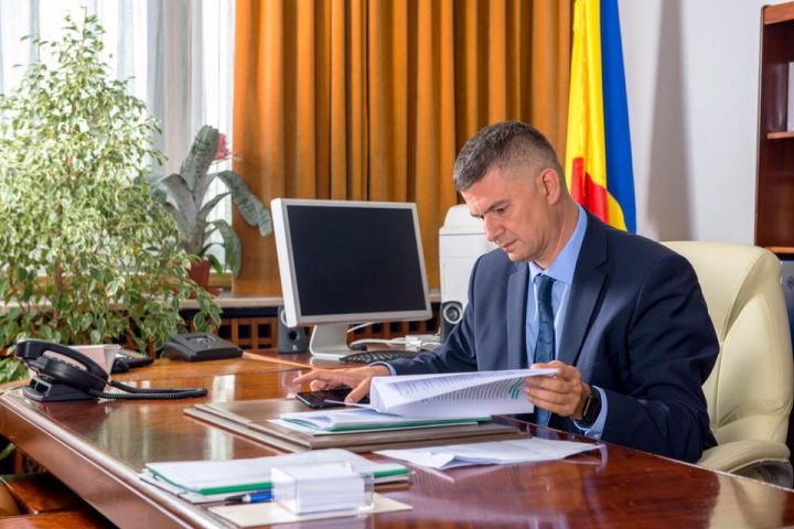 steriu 720x480 Valeriu Steriu confirma plecarea din PMP: Ma intorc in familia mea politica, PSD