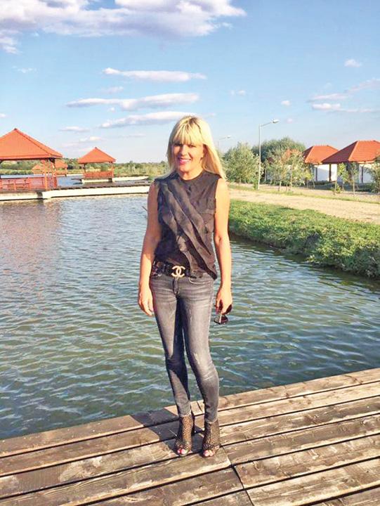 Elena Udrea naşte în octombrie 1 Unde a fost SRI ul cand era jefuita Romania