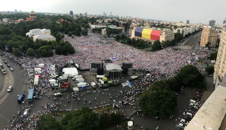 IMG 20180609 WA0016 720x416 Mobilizare fara precedent a PSD: peste 250.000 de oameni in Piata Victoriei (Galerie FOTO)