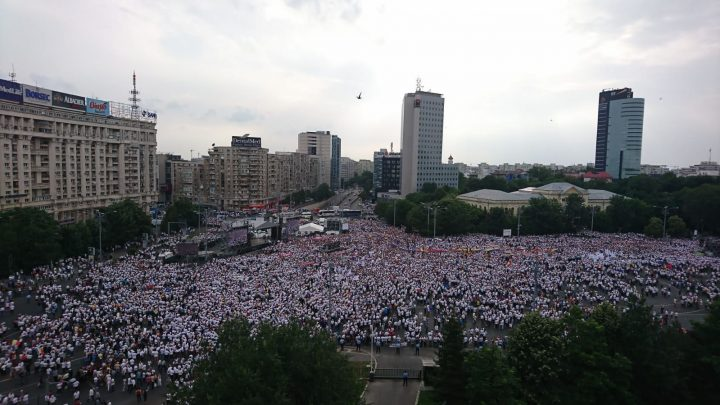 IMG 20180609 WA0019 720x405 Mobilizare fara precedent a PSD: peste 250.000 de oameni in Piata Victoriei (Galerie FOTO)