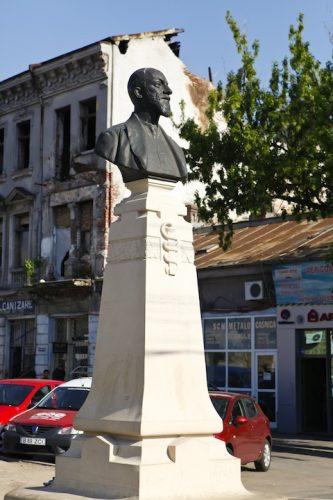MG 3664 333x500 Doctorul Haralambie Botescu şi o viaţă dedicată Sănătăţii