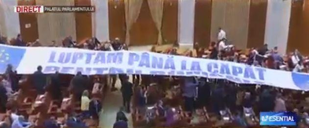 banner Dancila se declara dezamagita: nu m am asteptat ca intreaga motiune sa fie o insiruire de falsuri