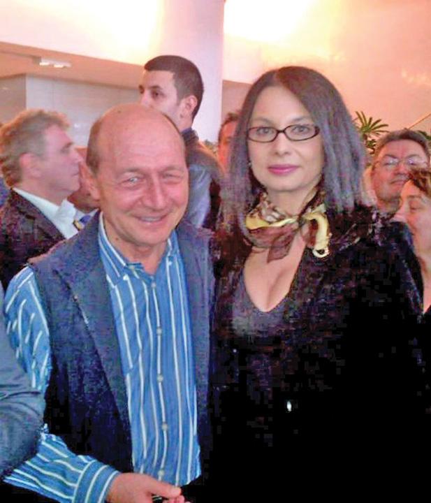 bistriceanu basescu Basescu, abandonat de dame