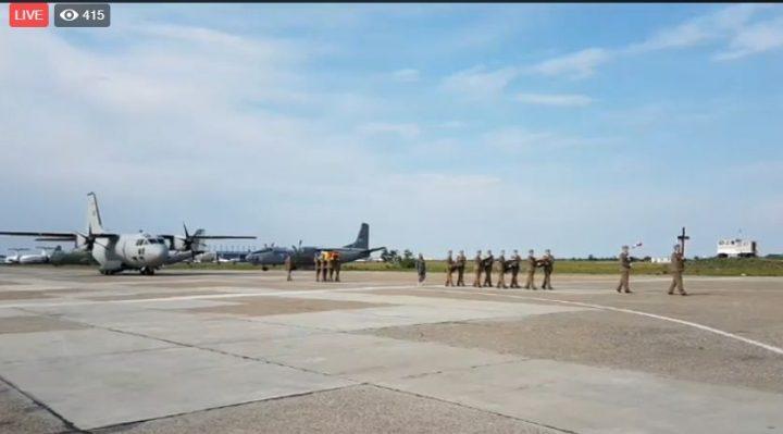 ceremonie 2 720x399 Pilotul militar mort in misiune in Franta a fost repatriat