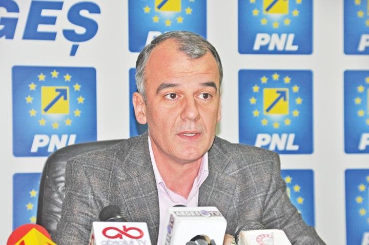 "ion popa PNL este condus de ""munti de frustrari si lasitate"""