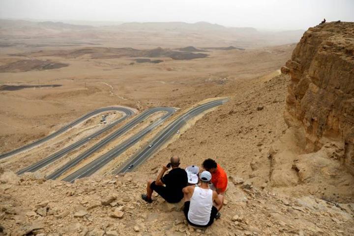 israel Israel face turism din desert