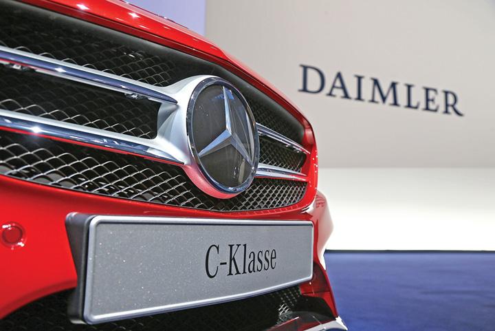 mercedes Sute de mii de Mercedesuri, rechemate din cauza emisiilor