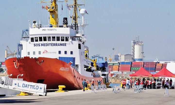 nava 1 Europa nemiloasa: ping pong cu migrantii