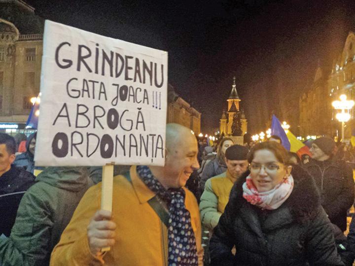 proteste Ordonanta 13 reinvie la CCR