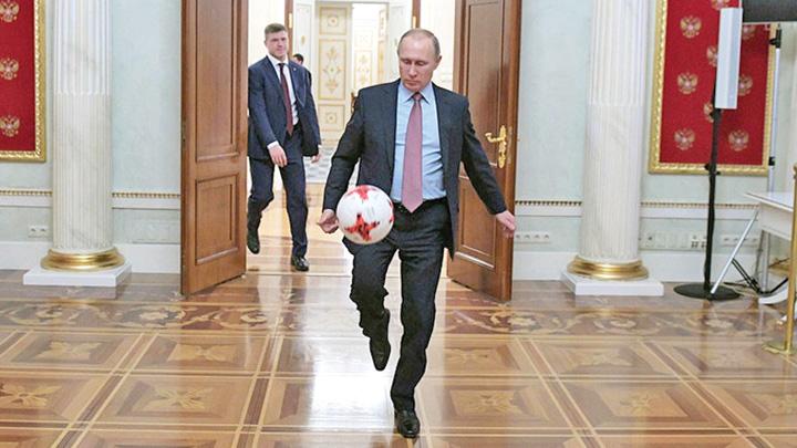putin Cupa Mondiala   o combinatie intre BRICS si FIFA