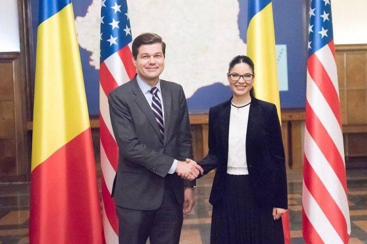 reuniune 1 720x480 Asistentul Secretarului de Stat al SUA, la Cotroceni dupa ce a fost la Palatul Victoria