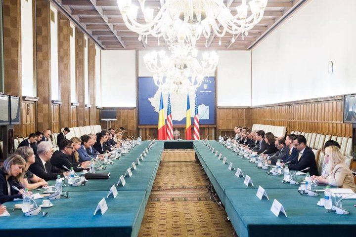 reuniune 2 720x480 Asistentul Secretarului de Stat al SUA, la Cotroceni dupa ce a fost la Palatul Victoria