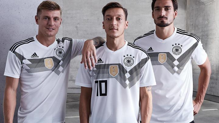 tricou bun Adidas a ieftinit tricourile Germaniei
