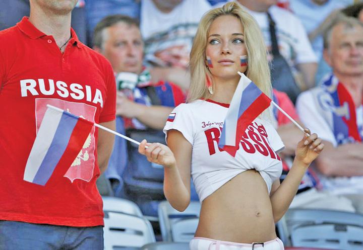 turisti 1 Vladimir Putin a fluierat deschiderea campionatului