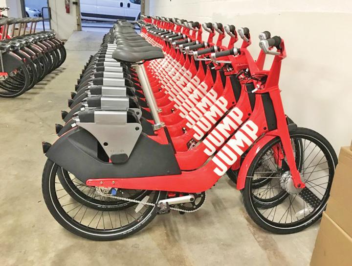 uber jump Uber trece la biciclete