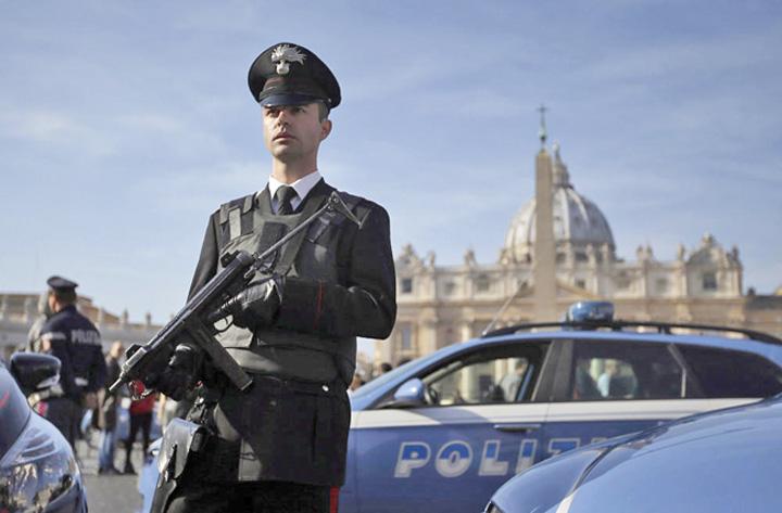 vatican 1 Scandal la Vatican
