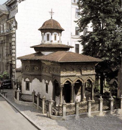 biserica 468x500 Stavropoleos, de la simplitate arhitecturală la unicitate artistică (I)