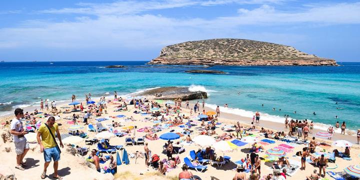 cala conta 586353cecc35e 1 Cele mai tari plaje ale anului