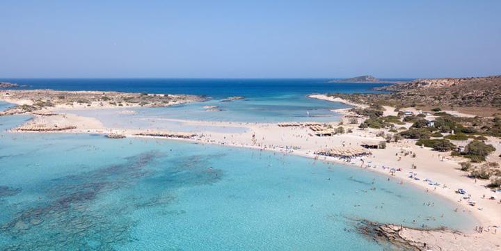 elafonissi beach 5a16f3677959f 1 1 Cele mai tari plaje ale anului