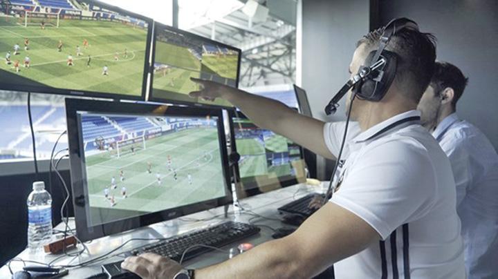 fifa FIFA, acuzata ca a furat VAR ul