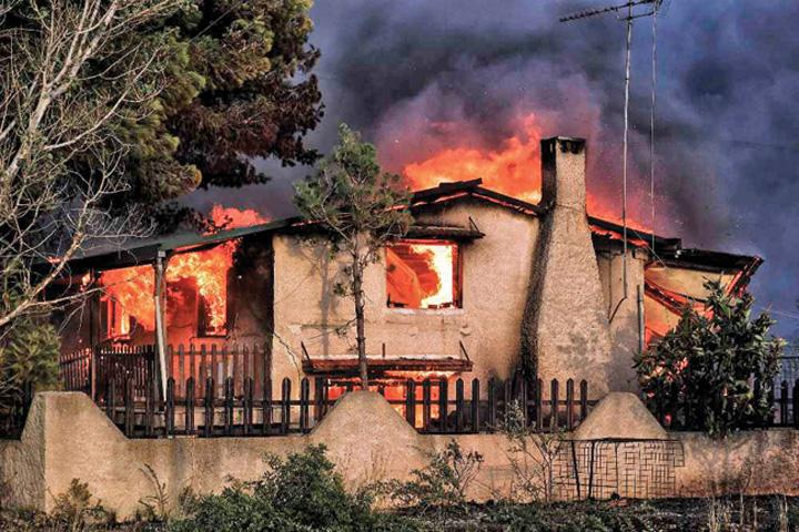 grecia3 Bilant negru in Grecia