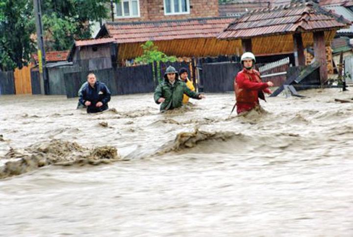inundatii 3 Patru persoane ucise de viituri