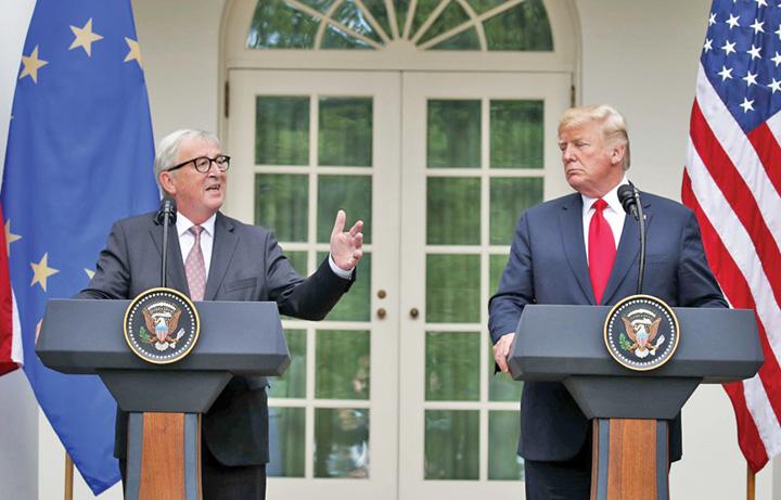 juncker ttrump Juncker l a ametit pe Trump