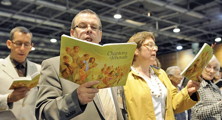 martori Martorii lui Iehova, in conflictul Rusia SUA