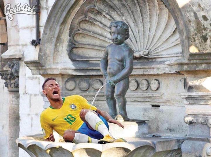 neymar 1 1 Manneken Pis face pe Neymar