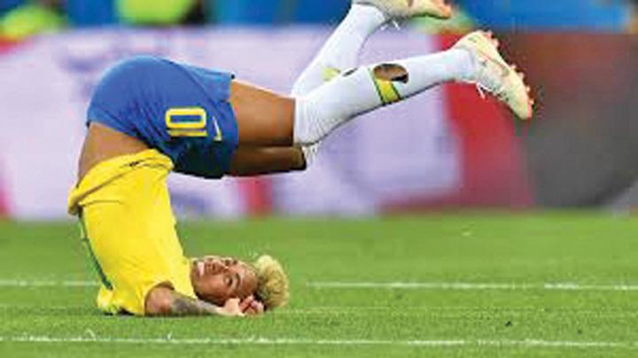 neymar 3 Neymar face circ si nu i pasa