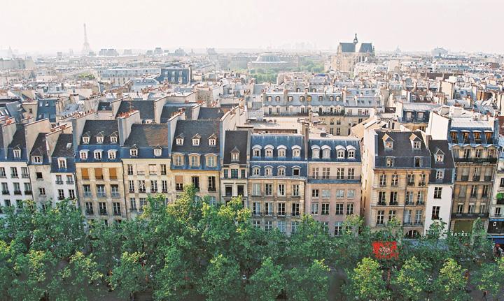 paris Metropolele europene fac front impotriva Airbnb