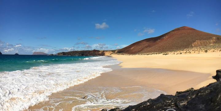 playa de las conchas 586358154aeed Cele mai tari plaje ale anului