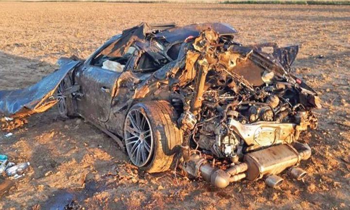 porsche 2 Pungi pline cu lire sterline, gasite intr un Porsche facut zob pe  DN 71