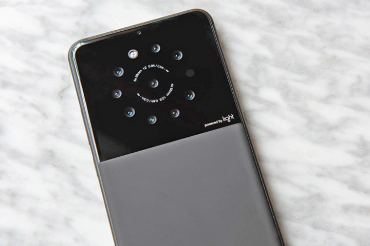 telefon Telefonul cu 9 camere foto