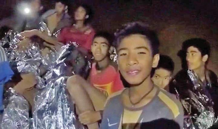 thailand cave rescue boys rescue 100 shafts pictures latest news 985470 Toti cei 13 membri ai echipei de fotbal, SCOSI la suprafata in viata