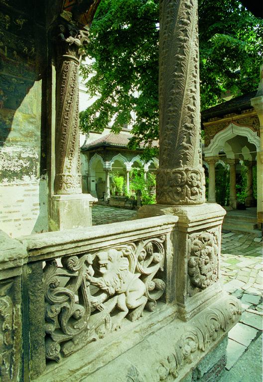 8 pridvorul Stavropoleos, de la simplitate arhitecturală la unicitate artistică (II)