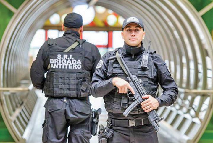 SRI Brigada Antitero CAAPP Se sparge Brigada Antitero!