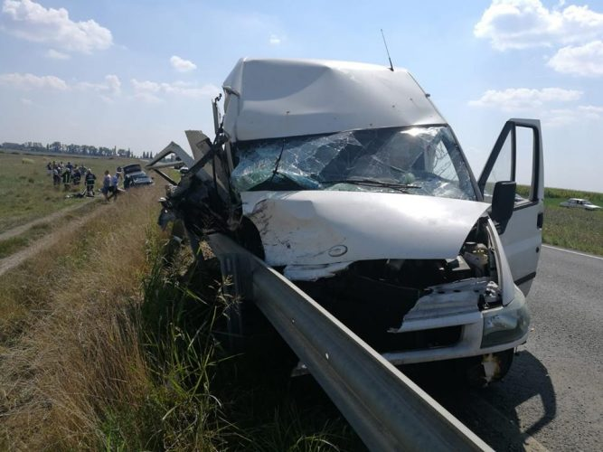accident arad 667x500 Accident grav in Arad: un om a murit, un baiat de 17 ani dus cu elicopterul la spital
