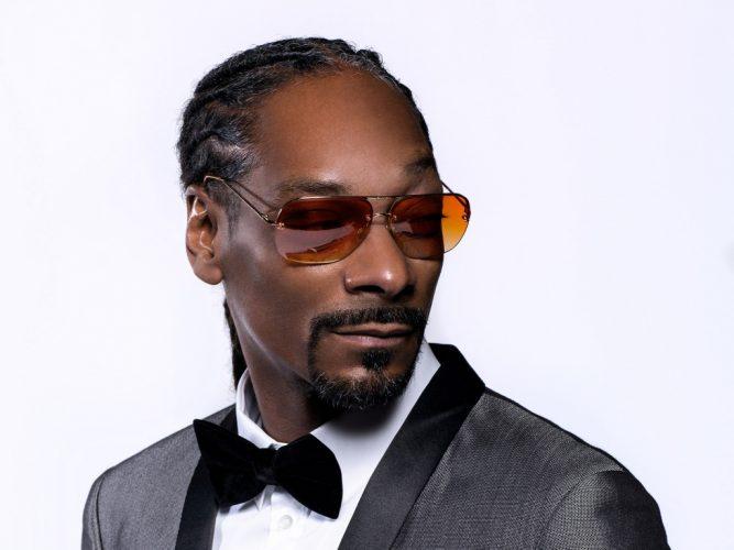 dogg 667x500 Snoop Dogg i a lasat pe romani cu ochii n soare