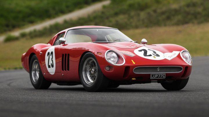 ferrari 1 720x405 Masinile Ferrari, o investitie mai buna decat actiunile