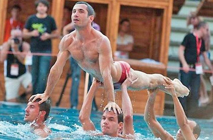 gay 1 Jocurile Homosexualilor au inceput la Paris