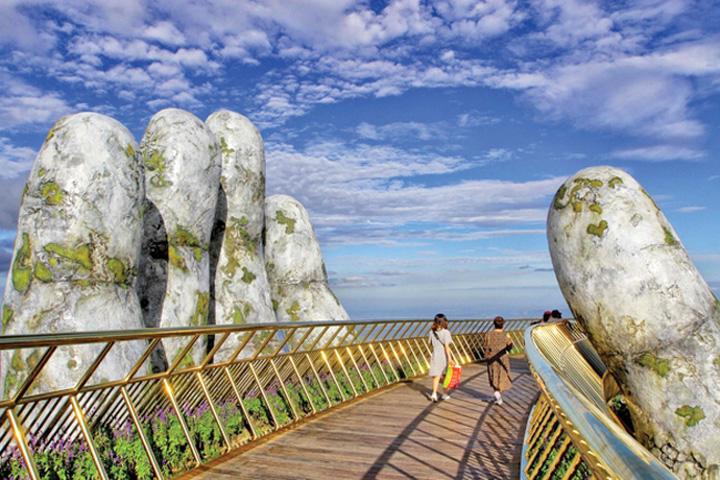pod 2 Mana care tine turismul vietnamez