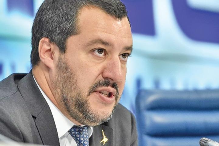 salvini Salvini denunta importul de sclavi din Romania