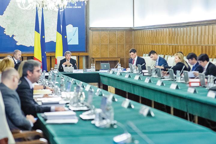 sedinta de guvern cioloş SRI pune om in locul lui Hapau!