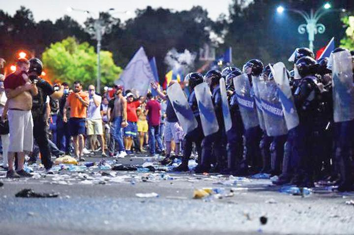 violente proteste Coldea, Ciolos si USR, in spatele violentelor din 10 august