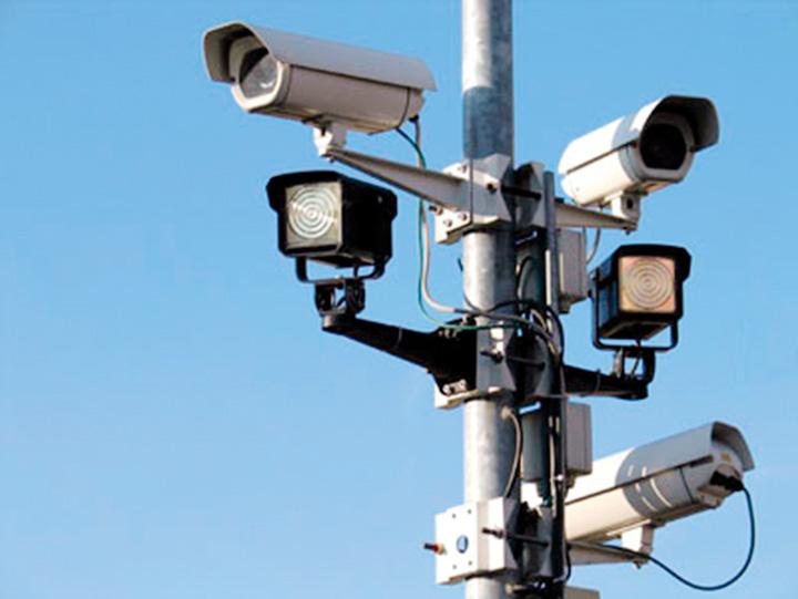 camere supraveghere Intentie pozitiva sau golaneala? Micutii vor fi monitorizati de parinti prin GPS