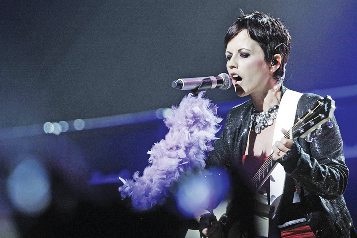 dolores Cum a murit solista de la The Cranberries