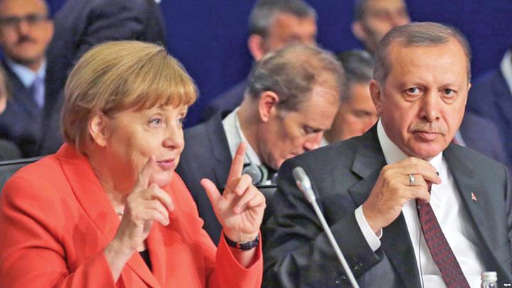 erdogan merkel Erdogan lasa nasul jos si vine la Merkel